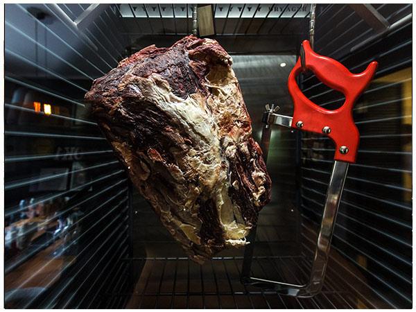 Sezonowanie wołowiny w Dry Ager w Autentyku